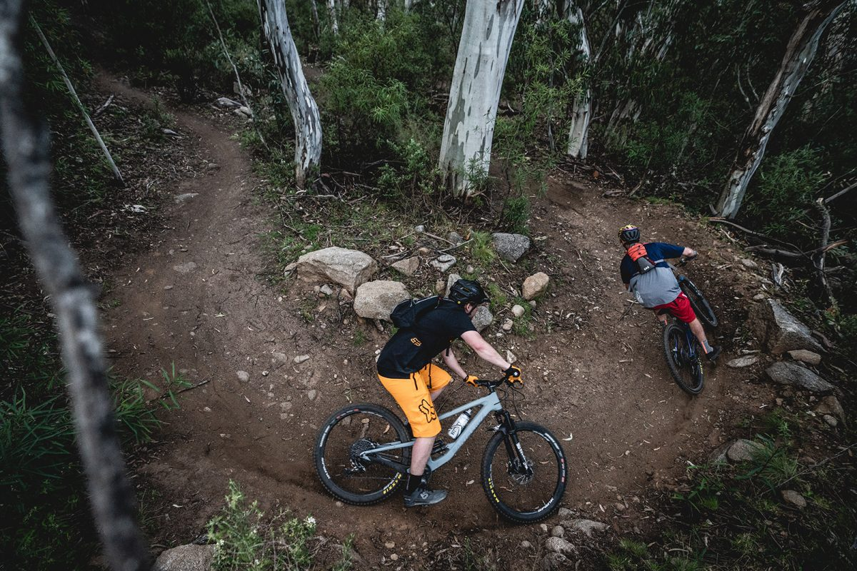 Two guys on switchbacks between Ngarigo and The Diggings campground, Thredbo Valley Track