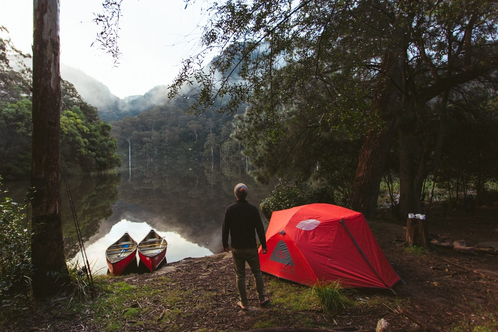 Kayaking and camping by the Murray River in Murray Valley National Park. Photo: Tim Clark