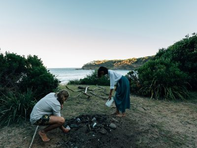 People cleaning up rubbish at Emily Miller Beach in Murramarang National Park. Photo: Melissa Findley/OEH