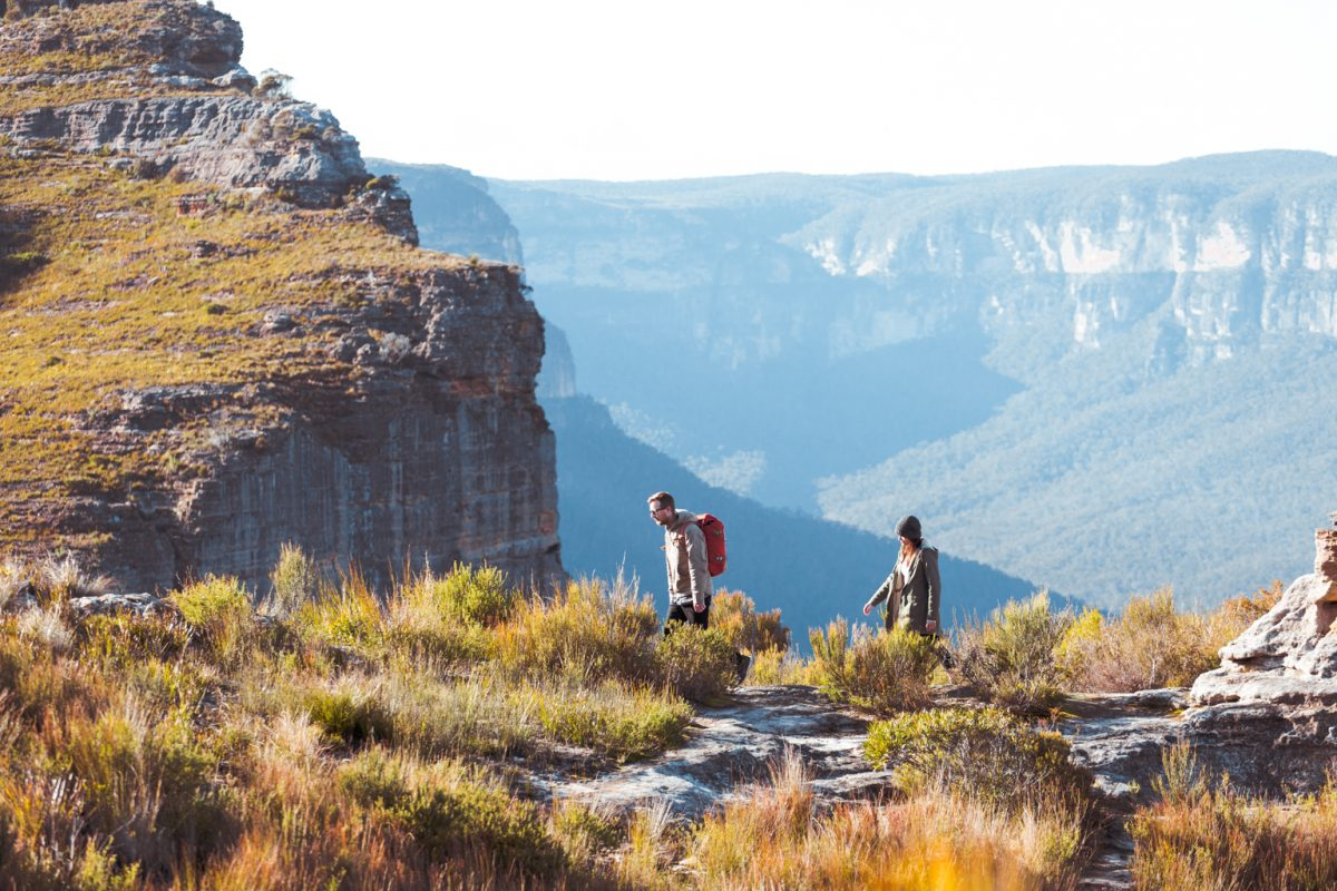 Two people walking in the Blue Mountains National Park